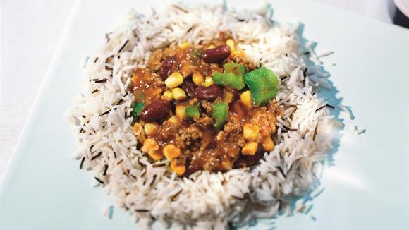 Lammchili mit Paprika und Reis Rezept