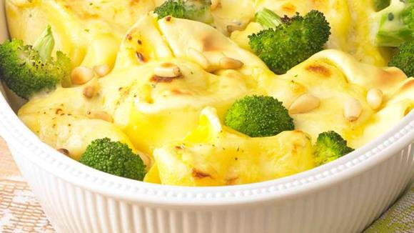 Tortellini-Broccoli-Auflauf Rezept