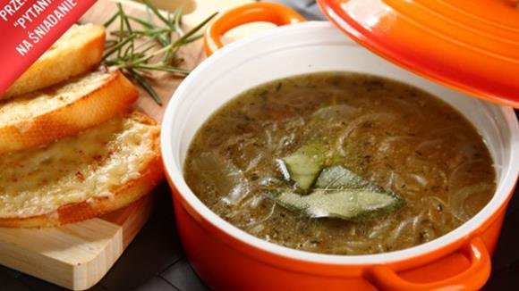 Sauerkrautsuppe mit Bergkäsecroutons
