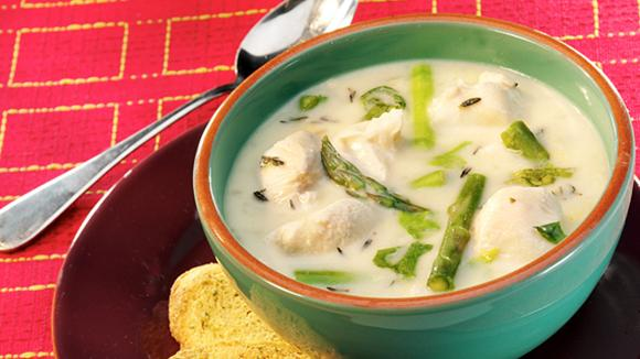 Spargelcreme Suppe mit Huhn