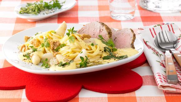 Bärlauch-Spaghetti mit Spargel und Schweinsfilet Rezept