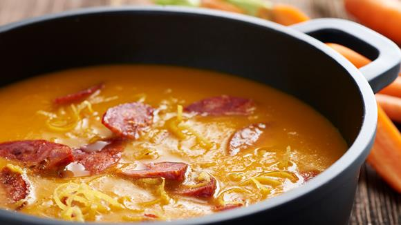 Karottensuppe mit Chorizo Rezept
