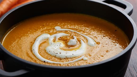 Karottensuppe mit Kichererbsen Rezept