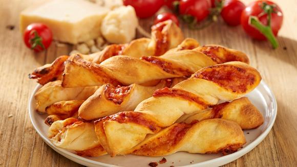 Schnelle Pizzasticks