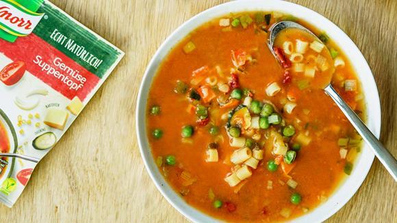 Gemüse-Suppentopf mit Käsegebäck Rezept