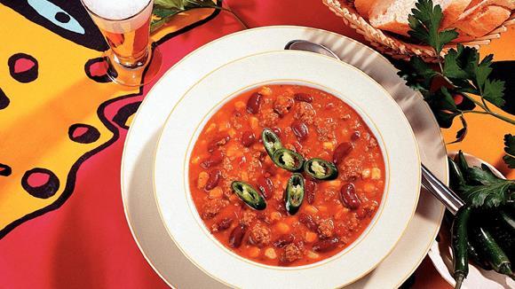Chili mit Faschiertem, Mais und Bohnen
