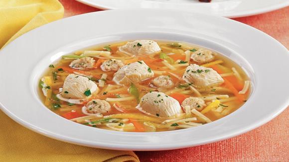 Hühner-Suppentopf mit Gemüse und Nudeln Rezept