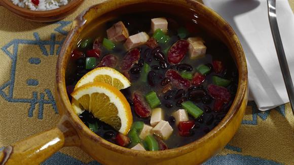 Chili mit gebratenem Tofu