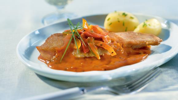Gebratenes Schweinskaree mit Paprika-Pfeffer-Sauce Rezept