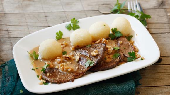 Rehschnitzerl mit Waldpilz-Nuss-Sauce Rezept
