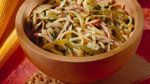 Bunter Wurst-Käse-Salat