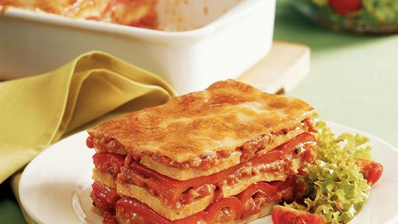 Semmelknödel-Lasagne mit Paprika