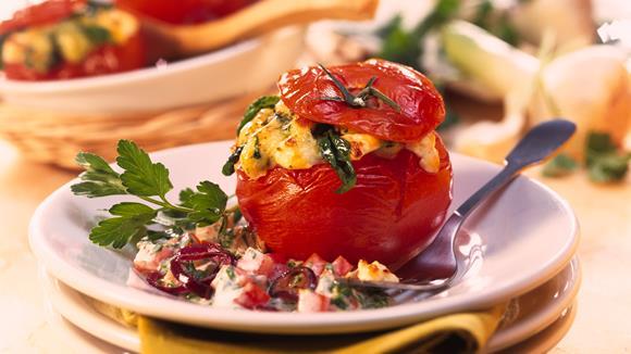 Gefüllte Tomaten mit Schwammerl-Erbsenreis