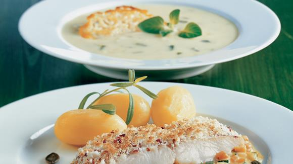 Dorschfilet in der Pfefferkruste mit Zucchini-Kürbis-Gemüse