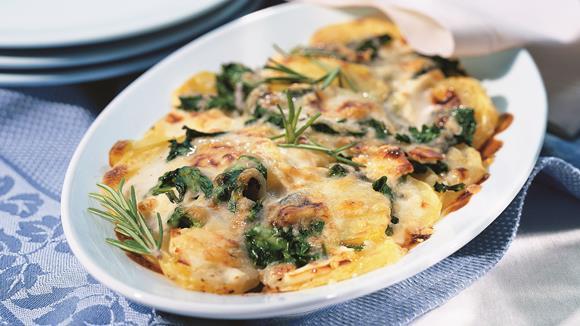 Pikanter Auflauf mit Spinat und Schafskäse