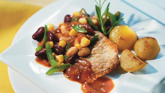 Schnitzel Mexicano mit Mais und roten und weißen Bohnen Rezept