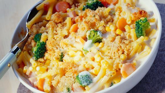 Makkaroni-Puten-Auflauf mit Mais und Erbsen Rezept
