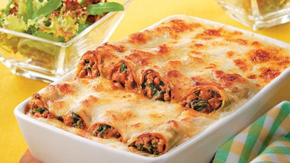 Gefüllte Cannelloni mit Faschiertem und Blattspinat Rezept