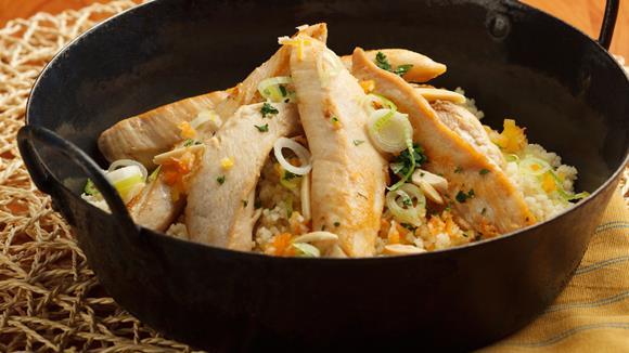 Couscous mit Mandeln und Hühnerfilet Rezept