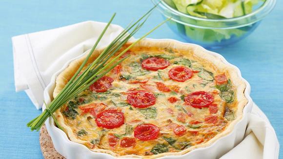 Quiche mit Tomaten und Blattspinat Rezept