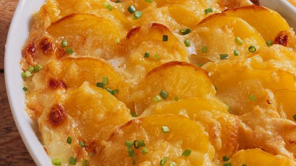Kartoffel-Zucchini-Gratin mit Rucola Rezept