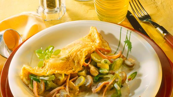 Überbackene Gemüse-Palatschinken Rezept