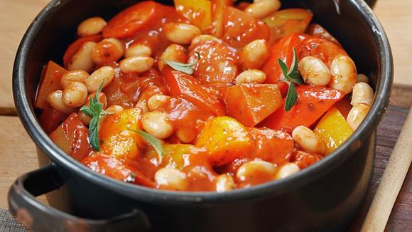 Paprika-Bohnengulasch Rezept