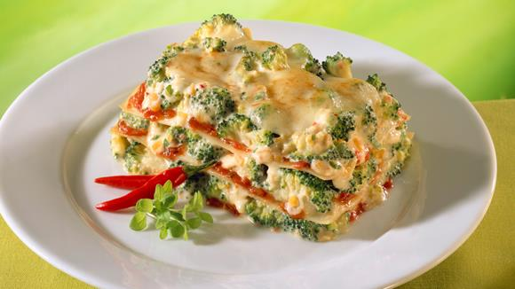 Feurige Broccoli-Tomaten-Lasagne