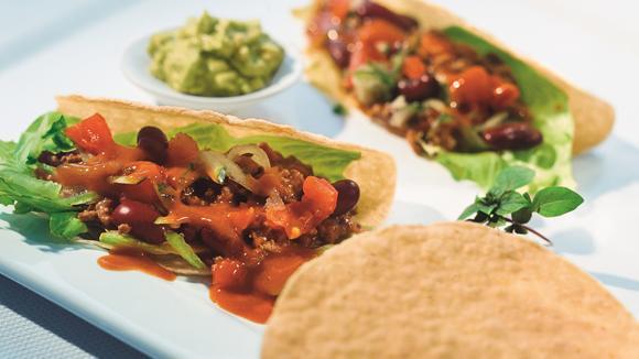 Chili-Tacos mit Guacamole