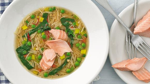 Hot spring soup with salmon trout fillet recipe
