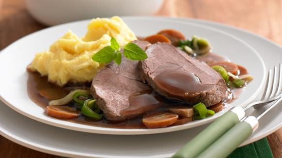 Rinderschmorbraten mit Suppengrün