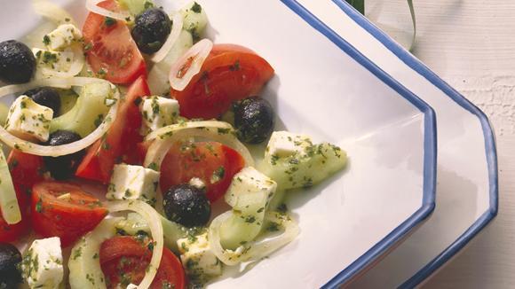 Griechischer Tomaten-Gurken-Salat