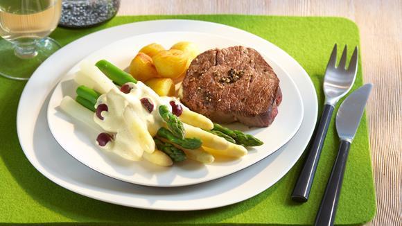 Asparagus with vanilla grape hollandaise and pepper steak recipe