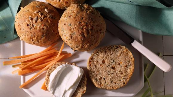 Gemüsebrötchen mit Rüebli und Lauch Rezept