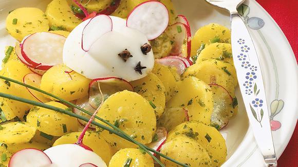 Kartoffelsalat mit Eiermäusen