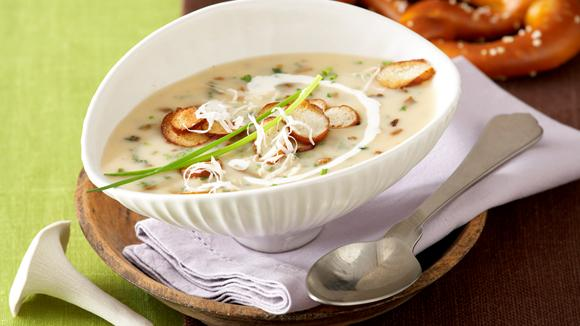 Light boletus soup with pretzel chips recipe