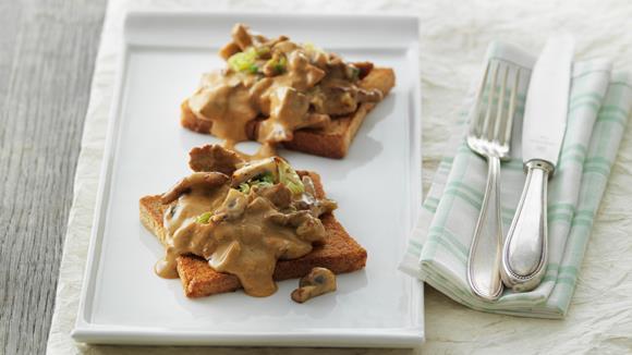 Pilz-Toast mit Kalbfleisch