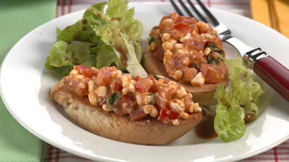 Tomaten-Bruschetta alla Ticinese