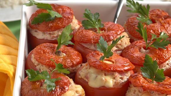 Gefüllte Tomaten mit Speck und Käse nach Luzerner Art