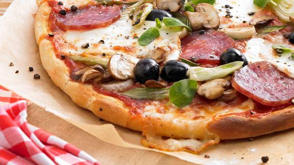Luigi´s Pizza Salami