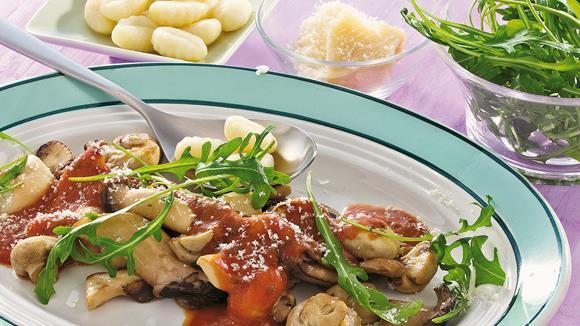 Gnocchi mit Pilzragout und Rucola Rezept