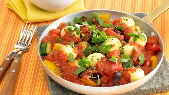 Gemüsepfanne mit Mini-Knödel Rezept