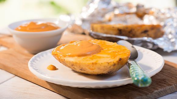 Grillkartoffeln mit Pikanter Tomaten Sauce