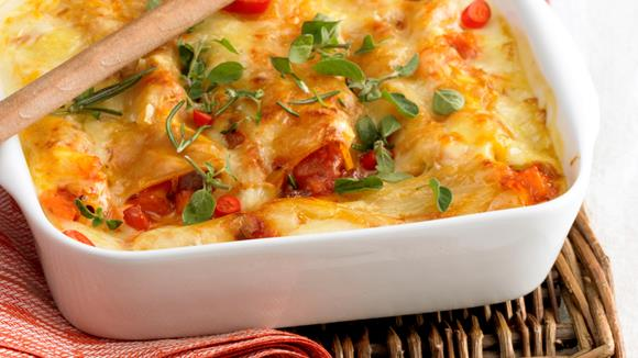 Cannelloni mit Tomaten-Bolognesefüllung