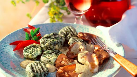 Spinat-Gnocchi mit Austernpilzen