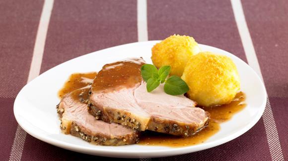 Schweinebraten mit Honig-Pfeffer-Kruste Rezept