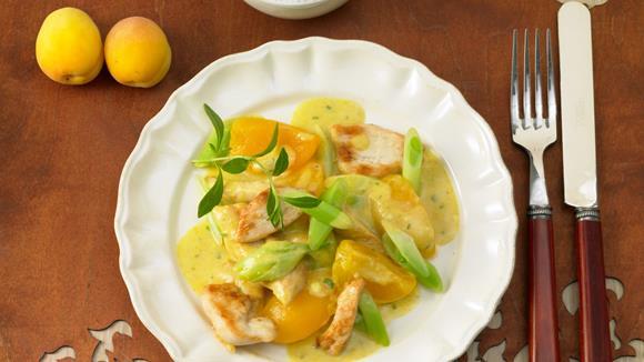 Hähnchen-Curry-Pfanne mit Aprikosen