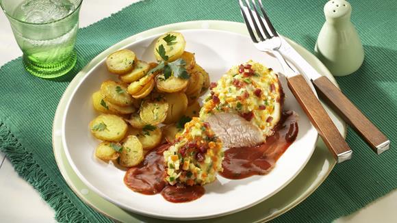 Hähnchenbrust mit Gemüse-Speck-Kruste