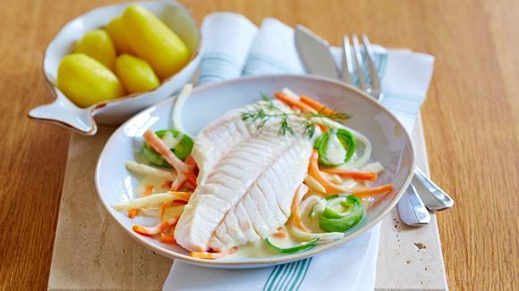 Fischfilet auf Senfgemüse