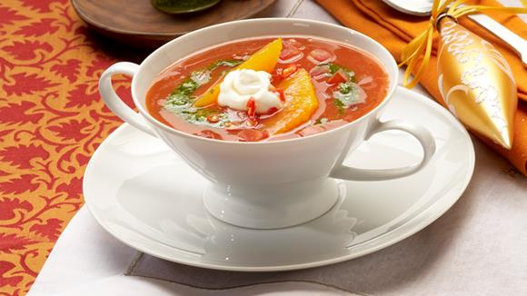 Tomatensuppe mit Orangenfilets